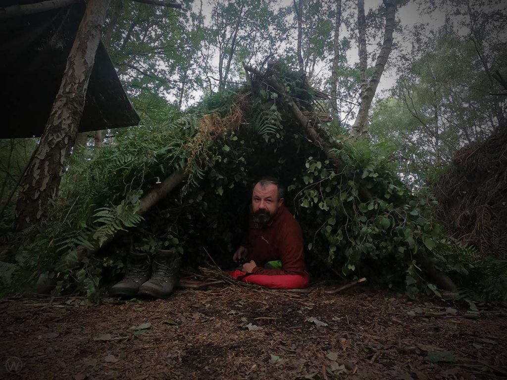 How to make a lean-to shelter