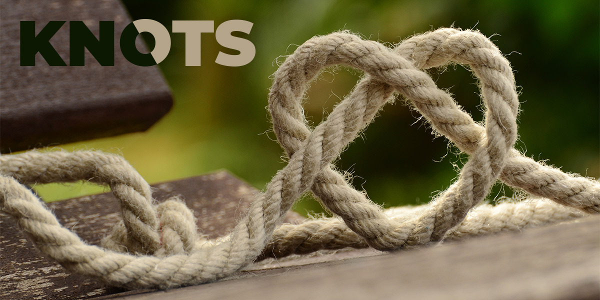 Heart-shaped knot in a rope